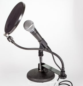 mic with stand and pop filter